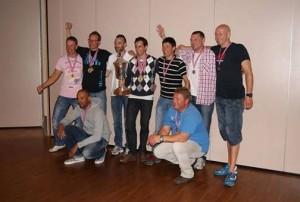 Zwycięskie drużyny: Hiszpanie, Norwegowie, Finowie (fot. Jacek Malinowski)
