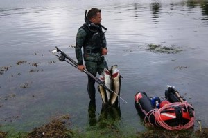 Jacek w tym roku strzelał najwięcej ryb (fot. Jacek Malinowski)