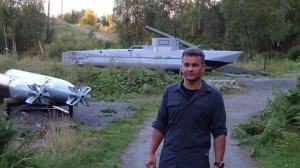 Zwiedzanie Fort Kvalvik